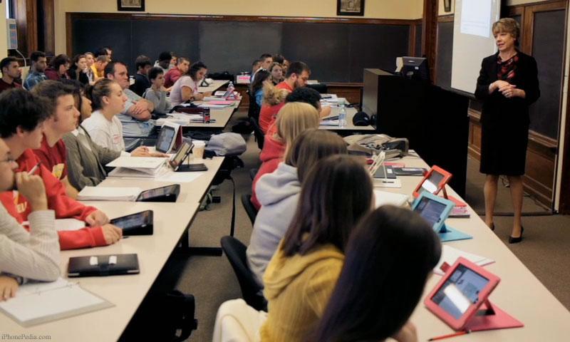 iPad-in-the-classroom